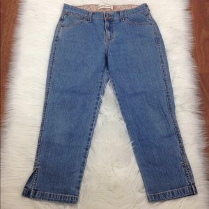 Levi's Classic Capri Women Cropped Jean Size 10